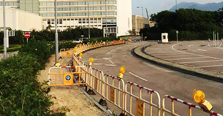 在香港与太阳能交通路障灯不期而遇