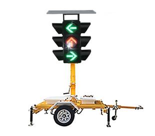 Traction solar arrow traffic light